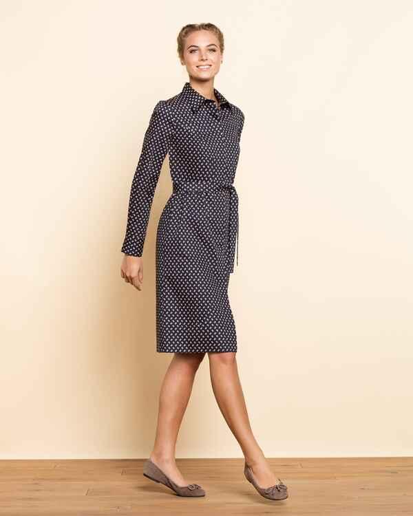 brigitte von sch nfels hemdblusenkleid mit krawattenmuster dunkelblau dirndl kleider. Black Bedroom Furniture Sets. Home Design Ideas