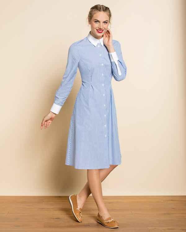 brigitte von sch nfels hemdblusenkleid blau wei dirndl kleider bekleidung damenmode. Black Bedroom Furniture Sets. Home Design Ideas
